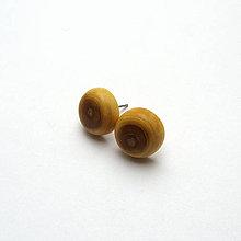 Náušnice - Drevené náušnice napichovacie - hlošinové vypuklé ďobky - 11642116_