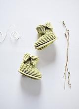 Topánočky - Papučky pre bábätko - chlapčeka (Jabĺčková) - 11650529_