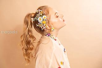 """Ozdoby do vlasov - Kvetinový lúčny hrebienok """"bosé tajomstvá"""" - 11649690_"""