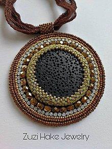 Náhrdelníky - Vyšívaný prívesok Lava Bronze O.O.A.K. - 11651831_