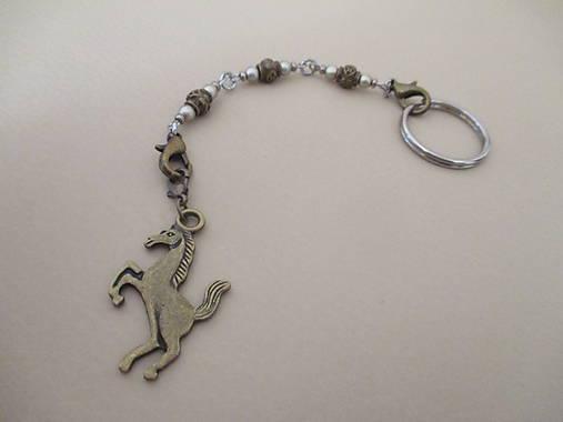 Kľúčenka, dekorácia na kabelku - Kôň
