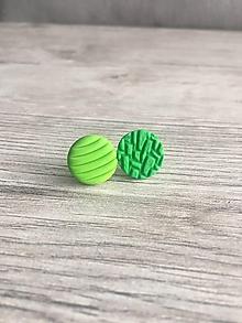 Náušnice - Zelené štruktúry každá iná - 11655769_