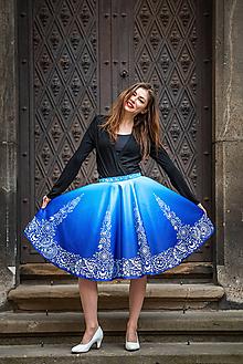 Sukne - Modrá sukňa s Vajnorským ornamentom (Bratislava) - 11655782_