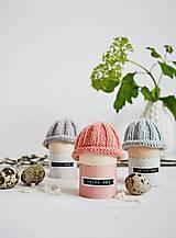 Dekorácie - Veľkonočná dekorácia - pletená čiapočka II - 11659945_