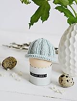 Dekorácie - Veľkonočná dekorácia - pletená čiapočka II - 11659954_