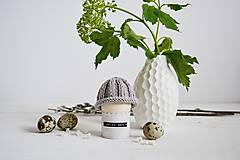 Dekorácie - Veľkonočná dekorácia - pletená čiapočka II - 11659956_