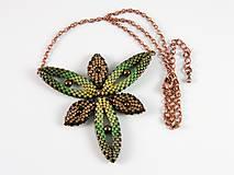 Náhrdelníky - Hviezdica - náhrdelník - zelená-hnedá - 11659770_