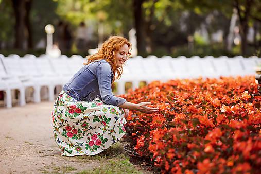 MARÍNA - skladaná kvetinová sukňa