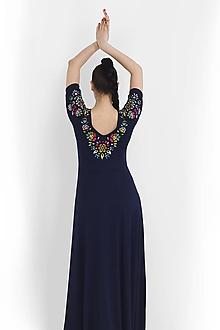 Šaty - Šaty dlhé Joy tmavomodré vyšívané - 11666167_