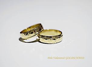 Prstene - svadobné tepané - 11667425_