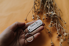 Kľúčenky - Prívesok na kľúče Ľúbim ťa taaakto veľmi - 11666266_