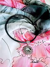Šály - SET - maxi hodvábny šál+náhrdelník - 11666528_