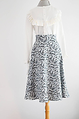 """Sukne - """"Upcy"""" áčková sukňa s kvietkami - 11669156_"""