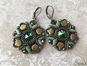 Náušnice - Luxusné zelené Swarovski náušnice - 11671810_