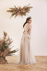 Šaty - Svadobné šaty v páse na gumičku, dlhý tylový rukáv, telové podšitie na ramienka - 11671958_
