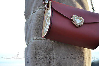 Kabelky - Kožená kabelka Zuzička (Bordová pigmentovaná s popruhom) - 11670878_