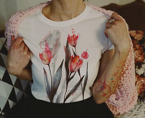 Tulipány/ typ Gildan