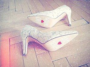 Papiernictvo - Nálepky na svadobné topánky BIELE - 11675801_