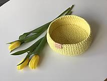 Košíky - Háčkovaný košík žltý - 11672954_