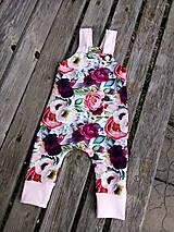 Detské oblečenie - Kvetinové tepláčiky - 11675924_