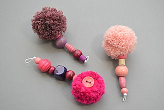 Kľúčenky - Kľúčenky s bombuľkami pink - 11676489_