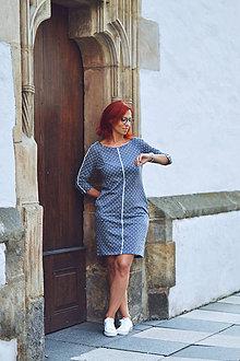 Šaty - Contrasting Line and Dot - 11677425_