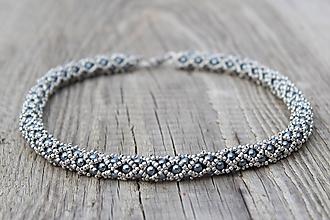 Náhrdelníky - náhrdelník sivo-kovový - 11681101_
