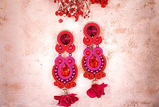 Náušnice - Dlhé strapcové náušnice fuchsiové / tassel earrings - 11687320_