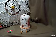 Svietidlá a sviečky - dekoračná sviečka Valentín - 11688951_