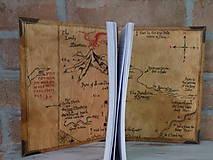 Pomôcky - Kolekcia Pán Prsteňov - Drevený zápisník Hobit - 11689356_