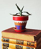 Nádoby - Terakotový kvetináč - Antique - 11688995_
