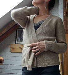 Svetre/Pulóvre - Zavinovací sveter z ručne pradenej a farbenej lokálnej priadze - 11693959_