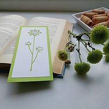 Papiernictvo - Svieže zelené kvietky... - 11695597_