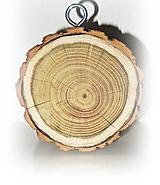Iný materiál - Drevený hrubý plát z dreva na zavesenie, priemer 10 cm, hrúbka 4 cm - 11696954_