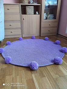 Úžitkový textil - Háčkovaný koberec Pom pom - 11699152_
