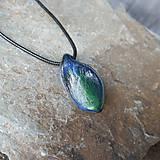 Náhrdelníky - Modro-zelený kamenný prívesok - 11706065_