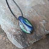 Náhrdelníky - Modro-zelený kamenný prívesok - 11706066_
