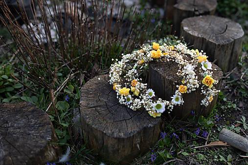 """Kvetinový pletenec """"slnkom zaliate ráno"""""""