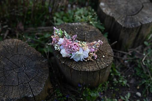 """Kvetinový štvrťvenček """"čakanie na bozk"""""""
