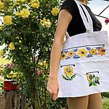 Nákupné tašky - Taška na plece / Kvetinová taška / Nákupná taška / Vyšívaná taška / Taška na potraviny - 11713403_