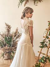 Šaty - Svadobné šaty s golierom – body a sukňa - 11729671_
