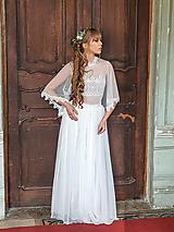 Šaty - Svadobné šaty z bodkovaného tylu s volánovými rukávmi - 11729916_