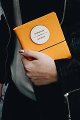 Papiernictvo - Knihovník, knižný diár žltý - 11730714_