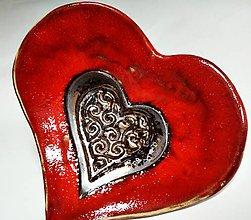 Nádoby - keramická miska - srdce červené - 11733935_