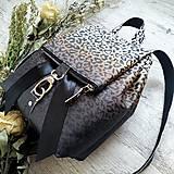 Batohy - Ruksak CANDY backpack - leopardí vzor so srdiečkami (hnedý prechod) - 11744006_