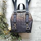 Batohy - Ruksak CANDY backpack - leopardí vzor so srdiečkami (hnedý prechod) - 11744009_