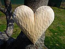 Dekorácie - Lipové srdce z lásky - 11746246_