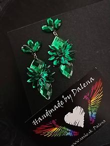 Náušnice - Elegantné smaragdovo zelené napichovačky - 11750624_