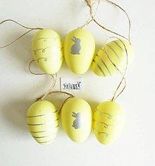 Polotovary - Veľkonočné vajíčka, plastové, sada 6 ks (žlté so striebornými prúžkami a zajačikom) - 11753585_