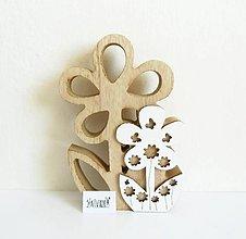 Polotovary - Drevená dekorácia, kvetinka, 18 cm - 11753628_
